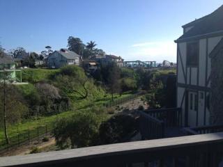 BEAUTIFULLY FURNISHED OCEAN VIEW TOWNHOUSE, Santa Cruz