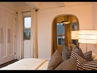 Nicely Furnished 1 Bedroom, 1 Bathroom Unit, San Francisco