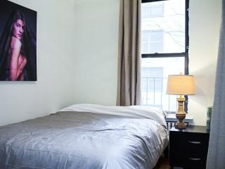 BEAUTIFUL AND NEAT FURNISHED 1 BEDROOM 1 BATHROOM APARTMENT, New York
