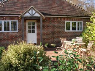 Woodpeckers a 1 bedroom luxury holiday cottage, Sharpthorne