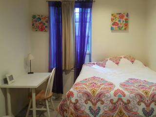 Private Room In Midtown-Block To Times Square, New York