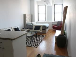 Loft-Like Hi-Rise in GREAT LOCATION (Chelsea)