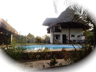 Coast Sun Gardens Cottage, Villa Buffalo,to 6pers., Msambweni