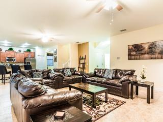Total luxory close to Disney 6/6,game room & pool, Davenport