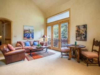 Secluded and Elegant 1BR European Style Ski Chalet~Peaceful East Vail Setting Overlooking Gore Creek