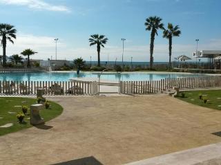 Hermoso departamento en Avenida del mar La Serena.