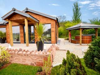 36190 Log Cabin in Nether Stow, Keenthorne