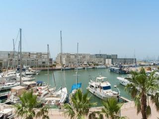 An exclusive waterfront apartment marina herzelya, Herzliya