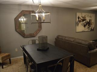Great Rates - 2 Bedroom 2 Bath - Across from Beach