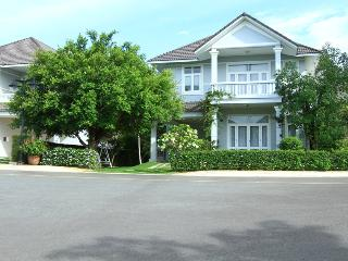 An Phu Beachview 3 Bed Room Villas