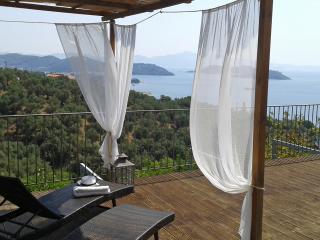 Amazing suite,private pool,stunning sea view., Katsarou