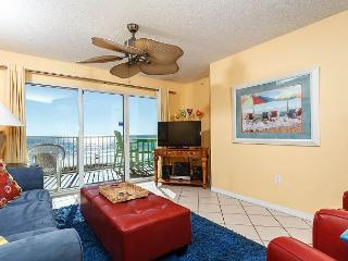 GD 316:Beautiful beach front condo, WIFI, tennis, pool, BBQ,FREE beach chairs, Fort Walton Beach