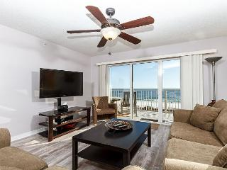 GD 310:NEWLY RENOVATED corner unit w/ WIFI, BBQ, tennis, pool, FREE BCH SVC, Fort Walton Beach