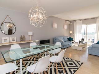 Sea frontline stylish beach House, Fuengirola