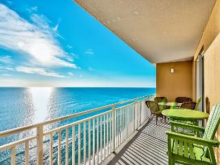BEACHFRONT & FAMILY FRIENDLY FOR 8! OPEN 6/13-6/20! CALL NOW!, Panama City Beach