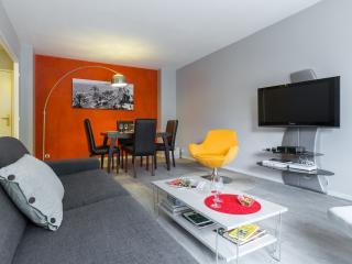 Cosy Appartement proche mer, piscine et garage, Niza