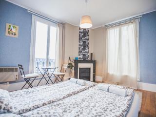 Apartment Paris 'Island in a Seine'