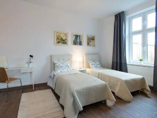 Freshly refurbished 2 bedroom Kazimierz Apartment, Krakau
