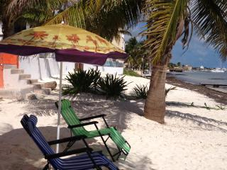 1 bedroom~ Private Beach, Cancún