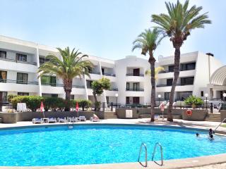 Aquamarine Apartment