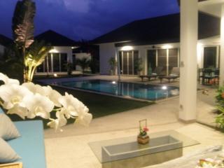 Andaman Residences Villa Gillard, Chalong