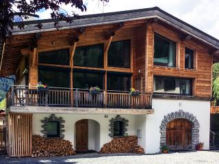 Chalet Colorado, Sleeps 12, Chamonix