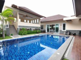 Andaman Residences Villa Chanan, Kata Beach