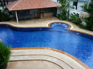 Beautiful Spacious Five Bedroom Villa, Chalong
