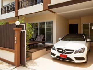 Andaman Residences - 171 Modern Town-House, Bang Tao Beach