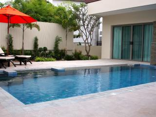 Andaman Residences Shantii Villa Bond 3 bedrooms - 175, Kata Beach