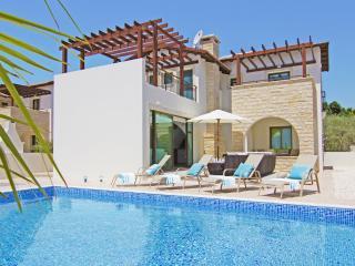 ATHKYB15- 3 bedroom family villa, Ayia Napa
