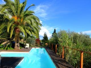 Bonita casa con piscina y vistas en Mancor