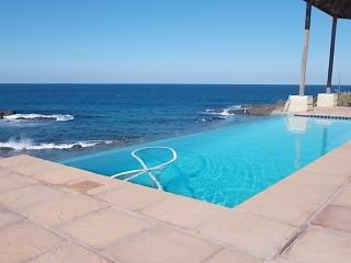 Magnificent Beach House for holiday letting, Ballito