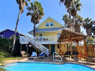 3 bedroom/ 2 bath and cute as can be!!, Port Aransas