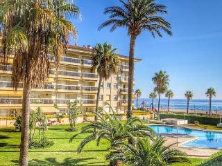 Apt. with beach,terrace Miami, Miami Platja