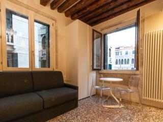 Rialto Green, comfortable with view over Rialto, Venice