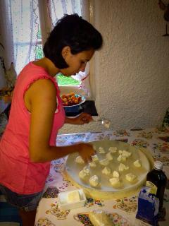 Learn how to prepare focaccia al formaggio!