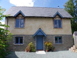Coopers Yard House - Holiday Cottage - Sleeps 10, Kington