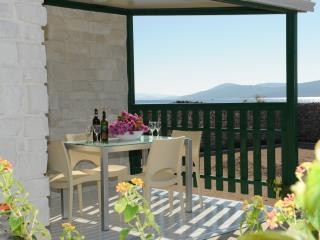 Olive Garden Deluxe - Mobile home 4+2 + bathroom, Sibenik