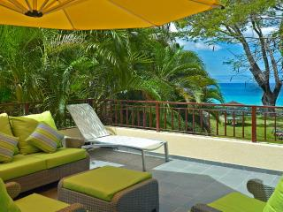 Romantic Retreat, Great for Family & Friends, Private Beachfront, Cook 3
