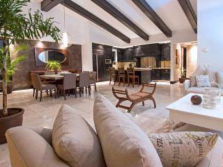 Penthouse condo in the exclusive Punta Mita Resort, Punta de Mita