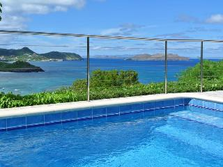 Coral - Ideal for Couples and Families, Beautiful Pool and Beach