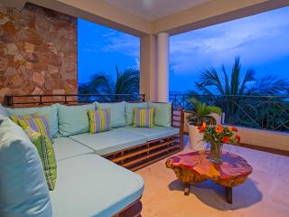Stylish Luxury Condo in the Punta Mita Resort, Punta de Mita