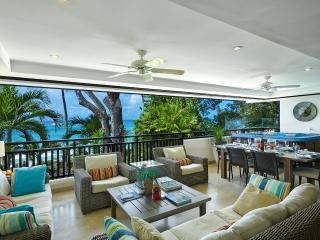 Luxury Beachfront Living, Paynes Bay