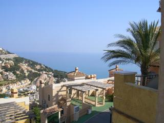 Standing Villa with seaview, Altea