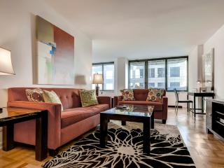 NYC Midtown West Luxury 2BR Apartment, Nueva York