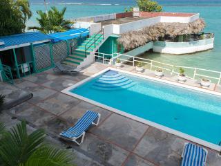 Ocean Palms Room