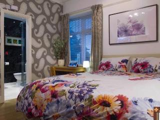 Deluxe Double Ensuite, Bentham Lodge Guest House, York