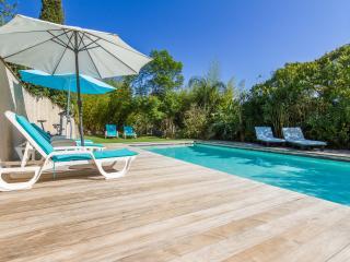 Grande villa avec piscine proche mer