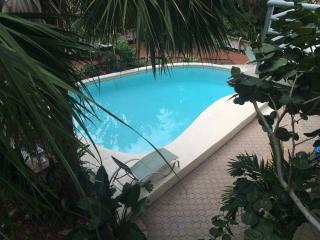 Treasure Island Beach view Florida Apt Sleeps 2